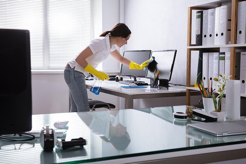 Merlikasta saat kattavaa ja luotettavaa siivouspalvelua pienen ja suuren yrityksen tarpeisiin.